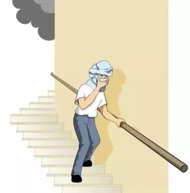 冬季火灾频发,高层住户火场保命这样做!