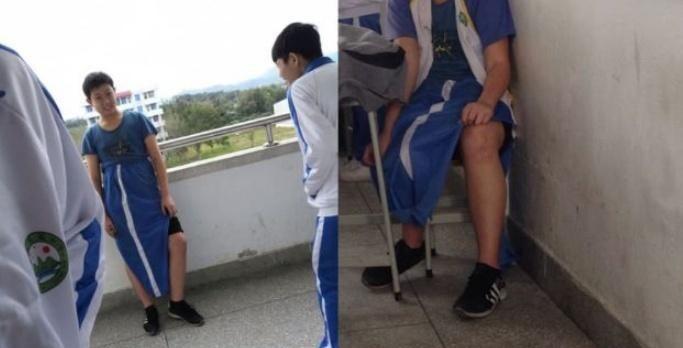 小学生:校服穿成潮流,初中生:看我的,大学生:都是玩剩下的