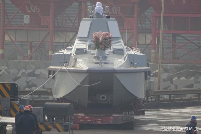 隐身无人神盾低调出海,小巧玲珑外形科幻,将引领未来海战潮流