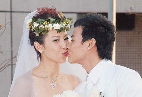 《甄嬛传》小主有多幸福?眉庄怀孕穿婚纱,安陵容老公帅气逼人