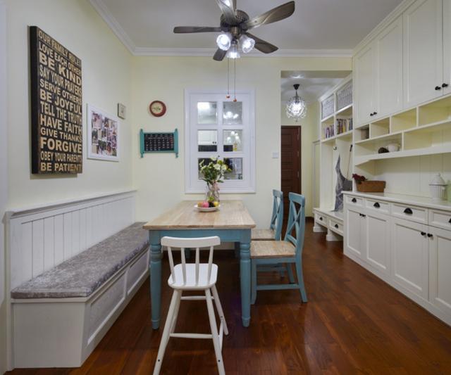 家里面积小,谁还犯傻买餐桌呀?现在潮流这种设计,超羡慕