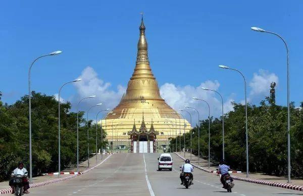▲原料图片:缅甸始都内比都的闻名旅游景点大金塔(新华社)