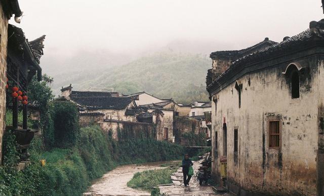 盘点中国最美冷门古镇,还未被商业化,去感受小镇的古朴与宁静