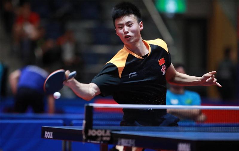 3個4-0!19歲國乒新星上演大逆轉,悍將挑戰43歲冠軍薩姆索諾夫