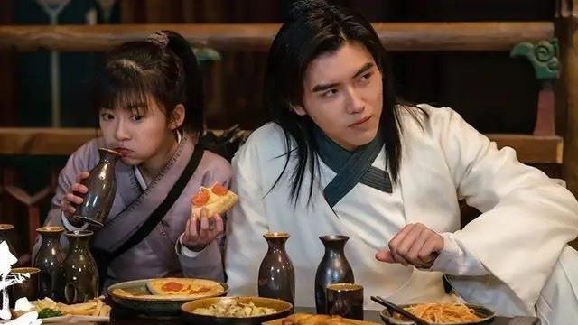 王鹤棣、宋伊人,CP感太低,更似父女档!这部剧的续集看了吗?