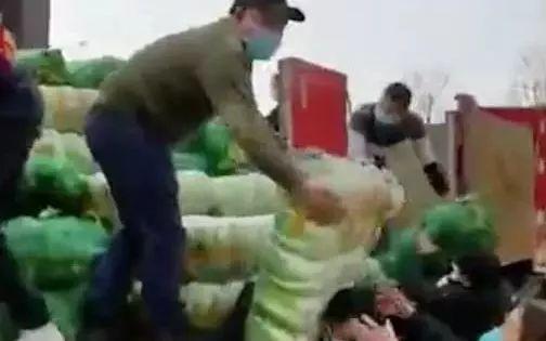 韩国幼儿园发生大规模食物中毒事件, 4名孩子症状严重