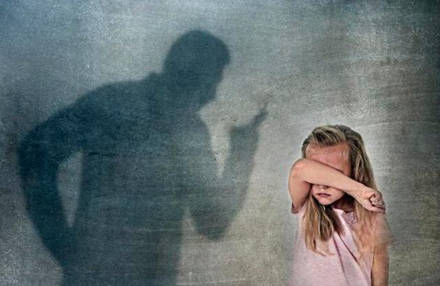 父母经常吼叫孩子,对孩子会造成怎么样的影响?家长应该怎么做