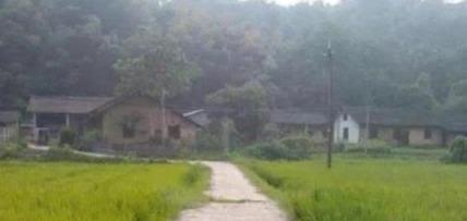 柬埔寨深山里有个中国人村,不知祖上从哪里来,仍讲汉语用汉字