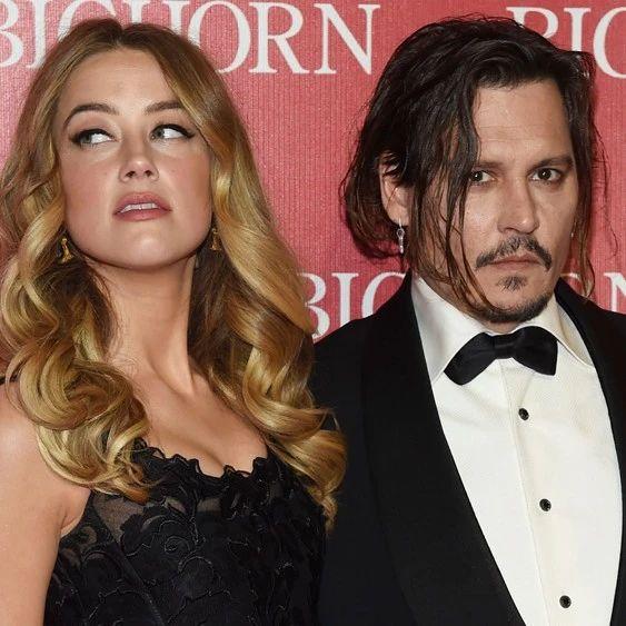 Johnny Depp私密短信曝光,露骨直言:我要烧了Amber Heard的尸体!