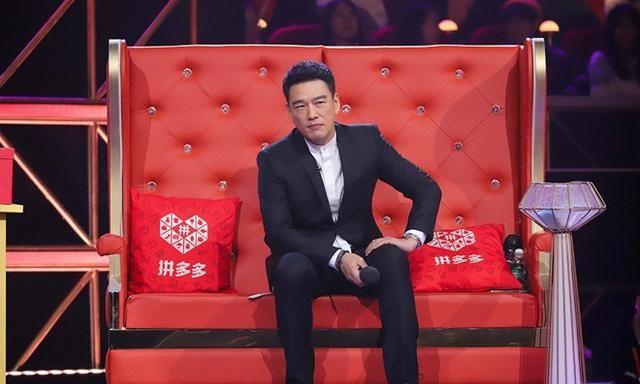 """《声临其境3》王耀庆刘端端""""异地恋"""" 隔空合唱太心酸!"""
