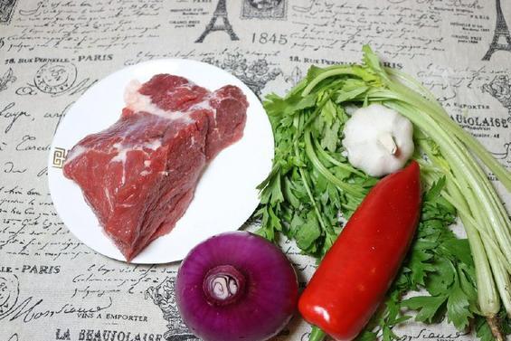 简单一招,教你炒出来的牛肉口感滑嫩,不塞牙,越吃越好吃!