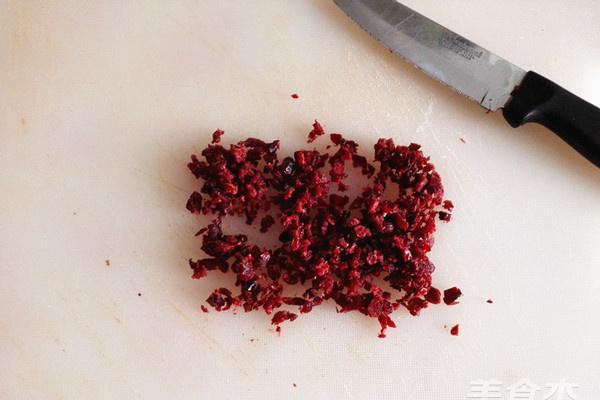 醋酸甜甜的味道,香脆Q弹的感觉,尽在蔓越莓麻糬包