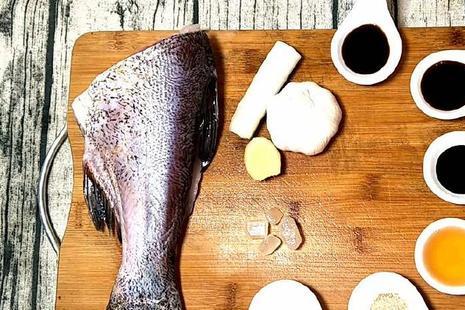 鱼肉这样烧,没有腥味,只闻味道就要流口水,全家人都爱吃!