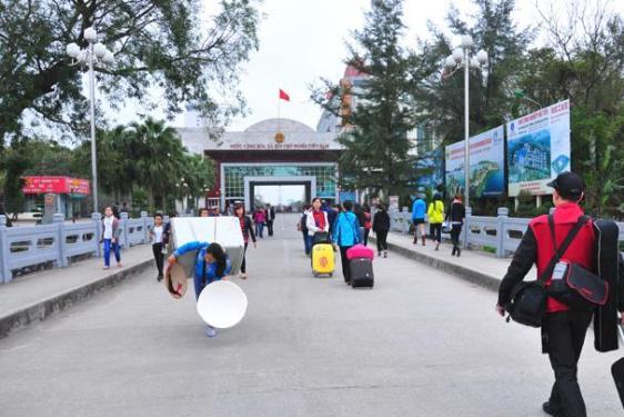 曾依靠中国发展旅游业,如今却对中国游客拳打脚踢,旅游发展惨淡