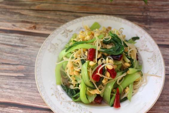 这种蔬菜很便宜,但是好处特别多,健脑抗疲劳,还能补气养血!