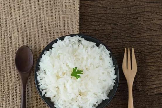 """中国最好吃的大米在哪?那就要说一下东北名声显赫的""""五常大米"""""""