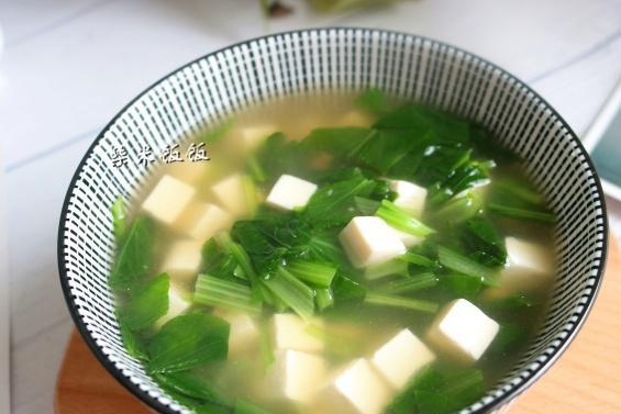 蔬菜中,它的矿物质和维生素含量最丰富,5元一斤,做汤最鲜!