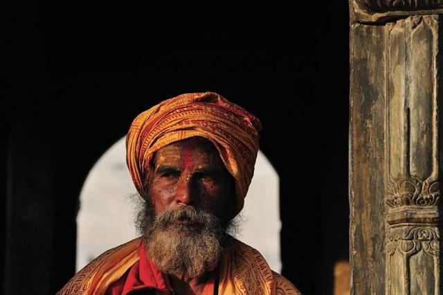 为什么去尼泊尔旅游,看到苦行僧尽量绕道走别拍照?导游道出真相