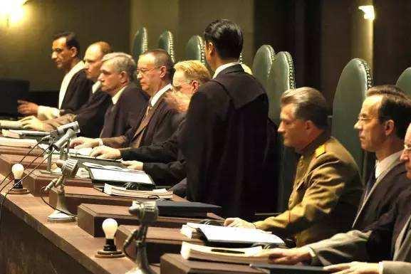 东京审判开始前,日本自己先对战犯进行了审判,结果荒谬至极