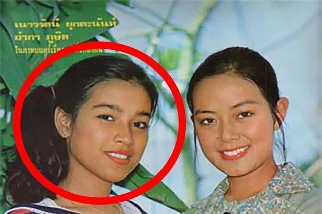 泰国玛哈国王和余瓦达王妃的合影,余瓦达王妃很漂亮吗?