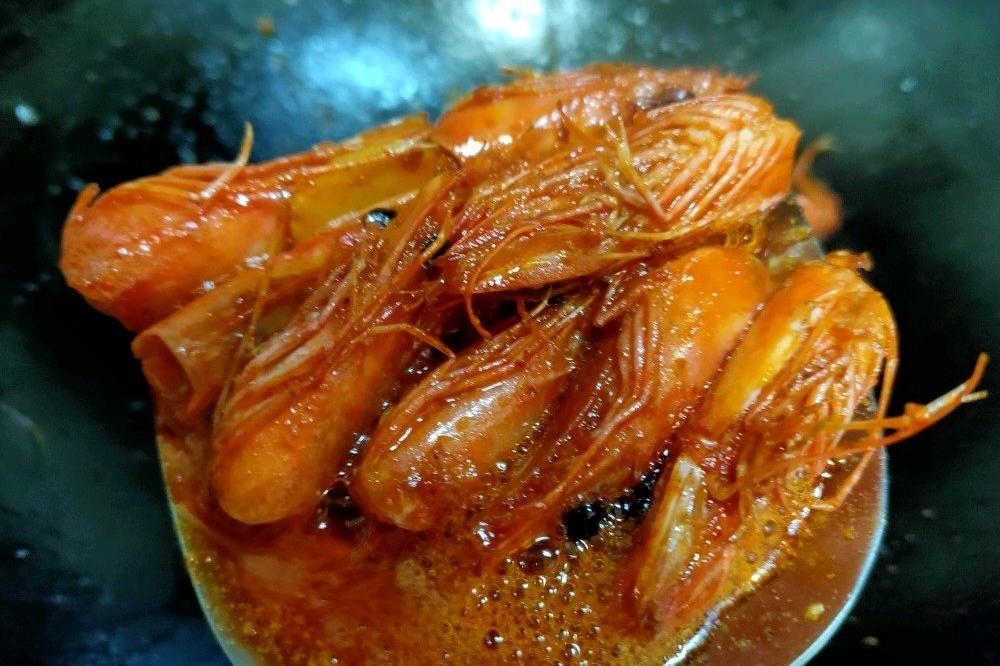鲍鱼鲜虾海鲜粥,营养美味双丰收!