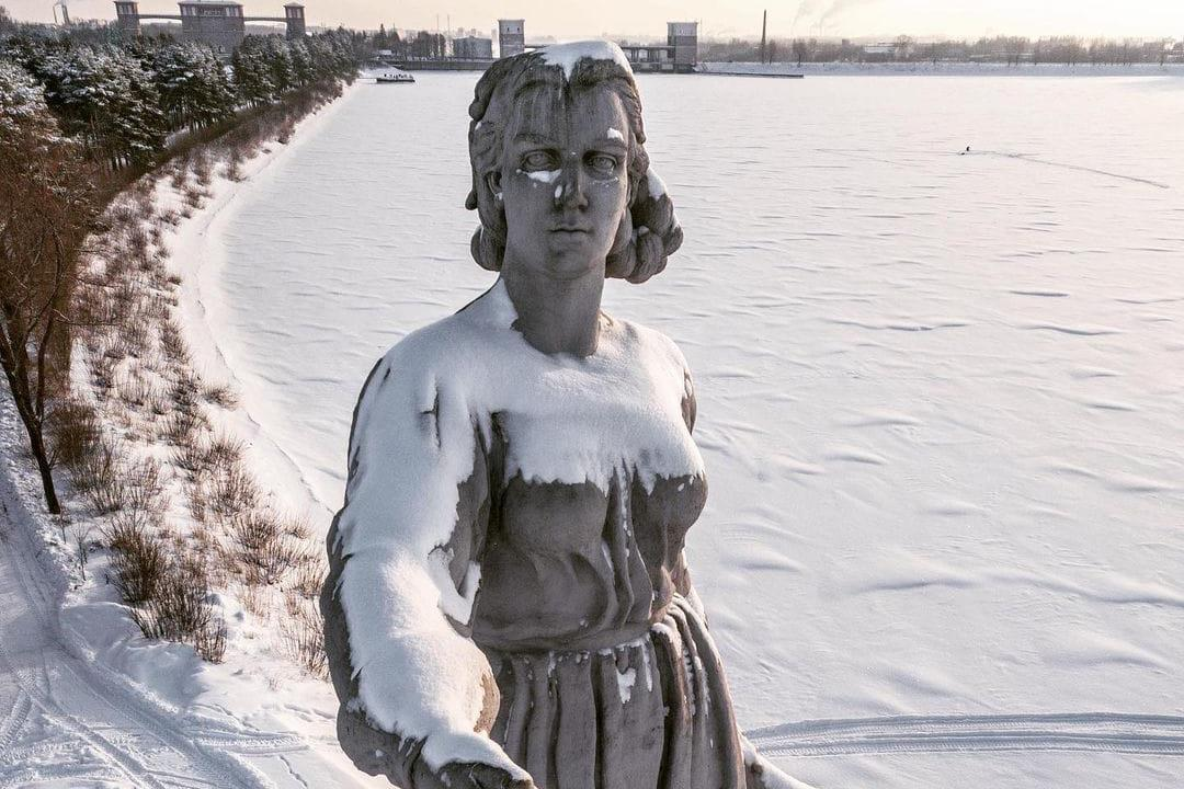 苏联时代的母亲纪念雕塑 伏尔加河母亲