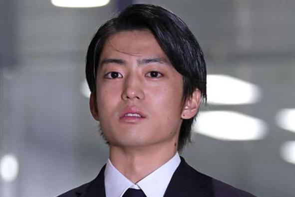 伊藤健太郎假释后首次公开受访,直言手铐很冷很重,希望能回归