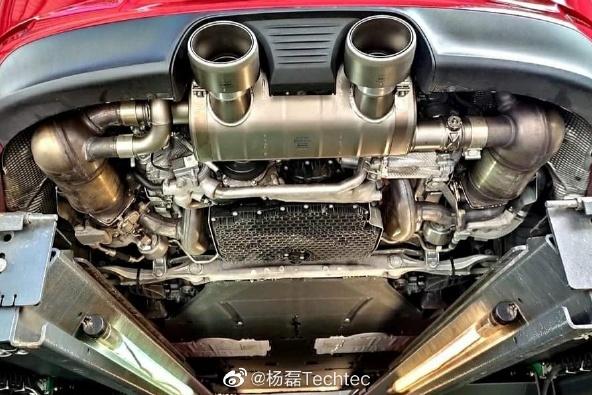 保时捷 911 GTS改装斯洛文尼亚天蝎Akrapovic钛合金阀门排气尾段