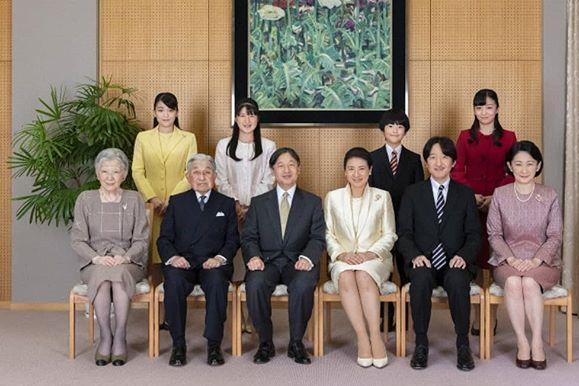美智子:日本最美的平民皇后,晚年坦言与天皇没有爱情,拒绝合葬