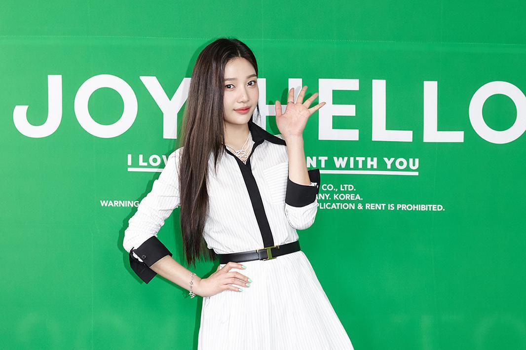 JOY《Hello》摘得音源榜单桂冠,荣登iTunes全球26个地区第一!