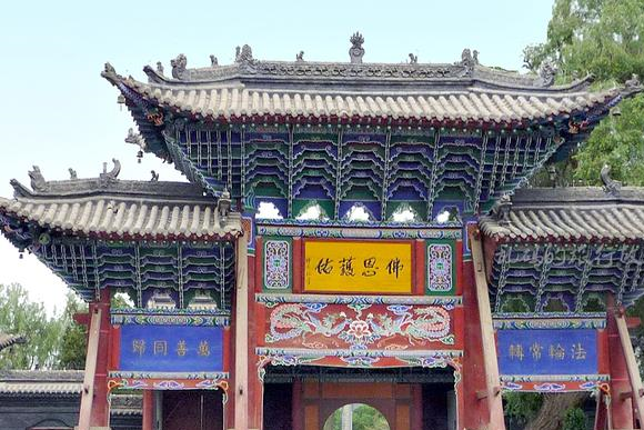 甘肃古寺供奉全国最大室内卧佛 忽必烈出生于此 宋恭帝在此出家!