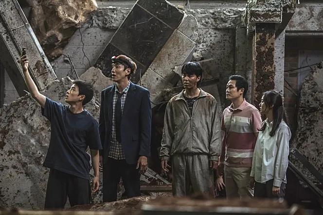 李光洙离开RM后的第一部灾难片,翻车了