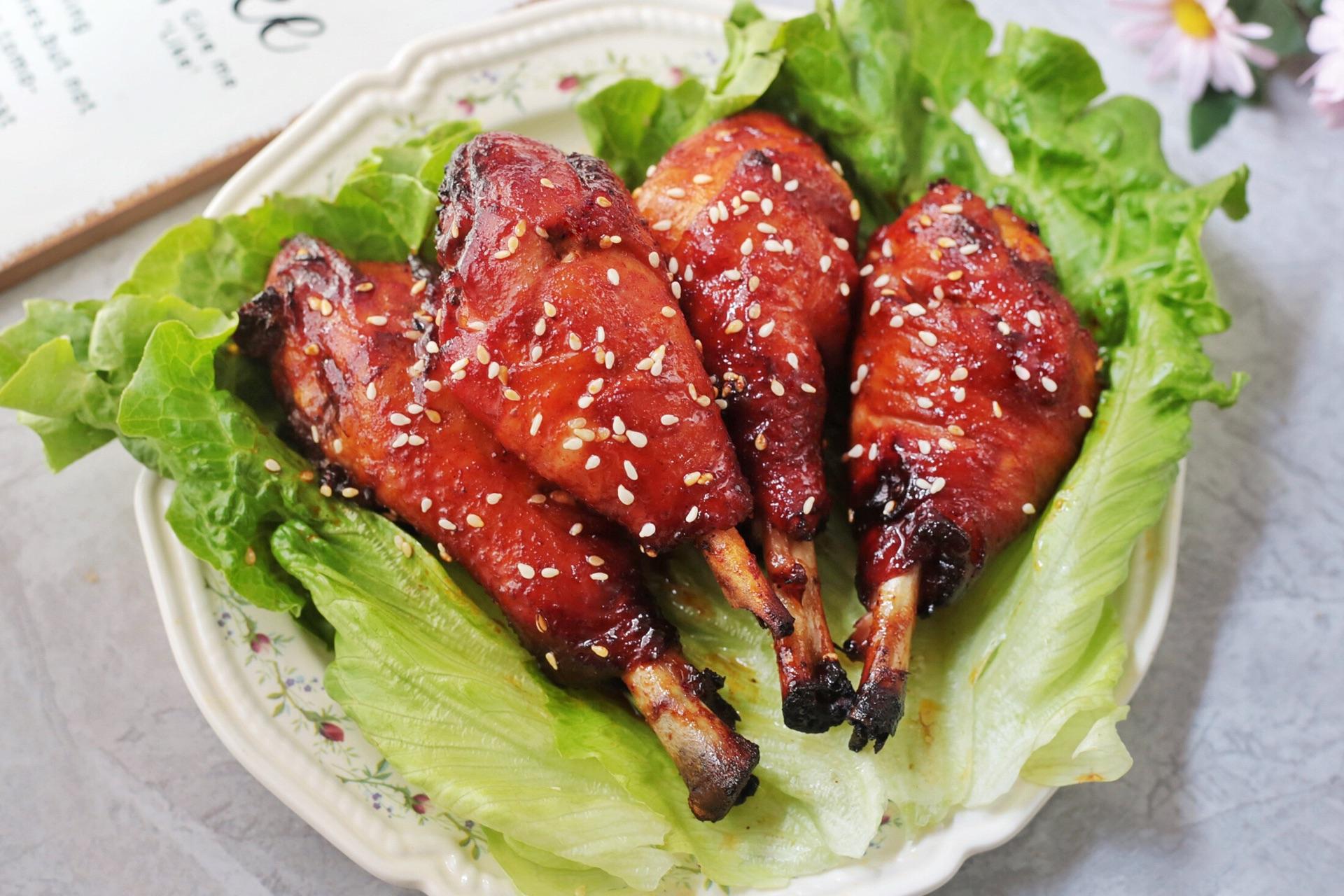 奥尔良鸡腿:鸡腿这样做,外焦里嫩,好吃到舔手指