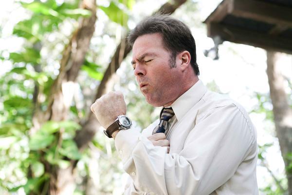香烟的危害已被证实,但抽烟的人一定会短命吗?专家:看你运气了