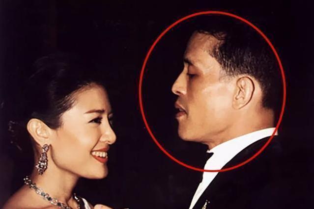 玛哈国王与西拉米王妃绝版老照片:当爱已成往事,昔日温情成云烟