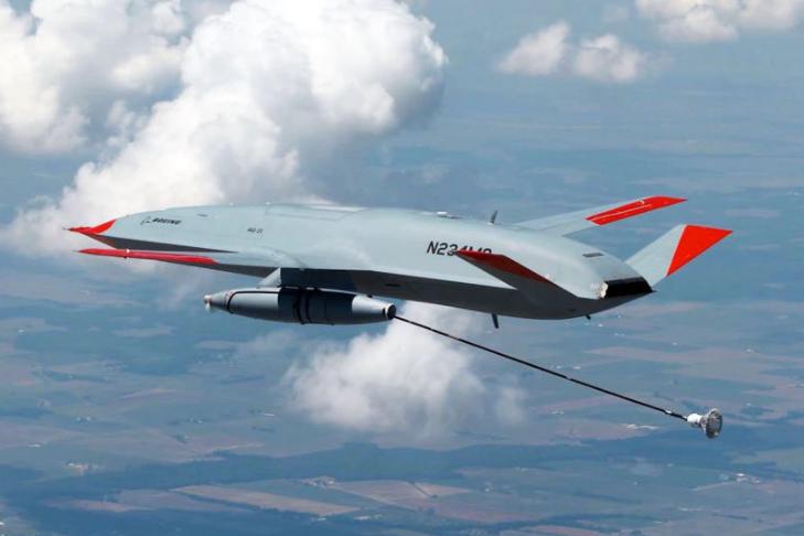 美MQ-25无人机首次为F18空中加油,中国航母需要无人加油机吗?