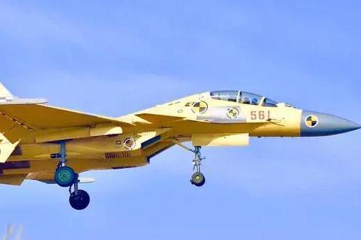 歼-15有哪些衍生机型?目前来看,主要三款型号