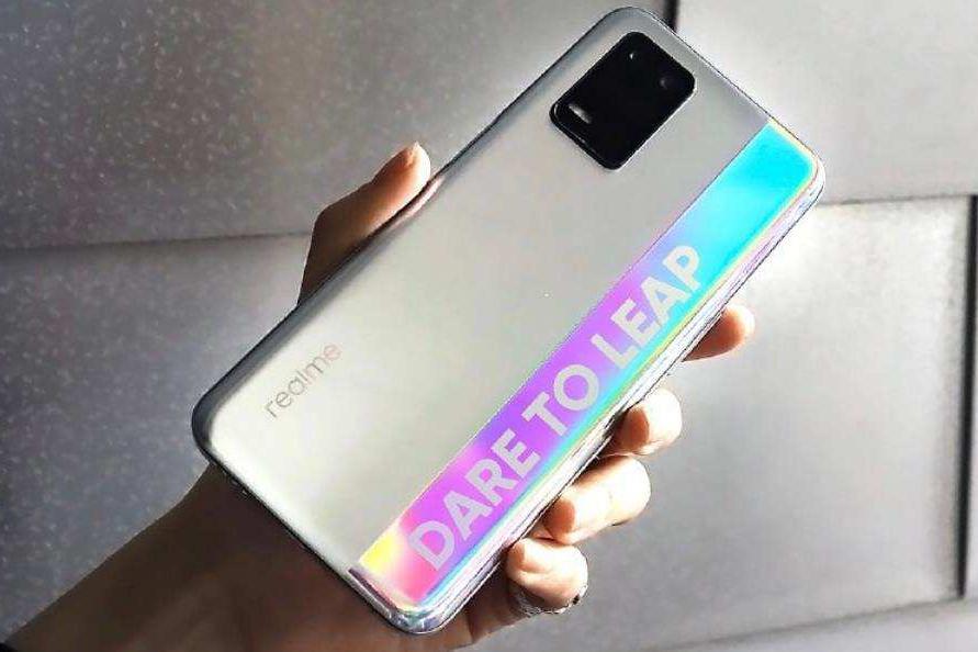称雄一千元档手机,5000mAh+120Hz+128GB,销量仅次于iPhone 12