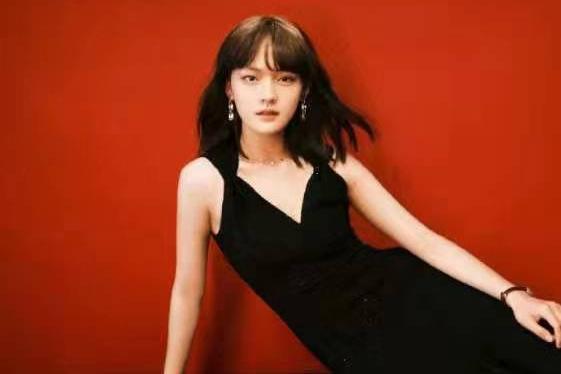 实力派女演员文淇,与张子枫等人组成新四小花旦,未来可期