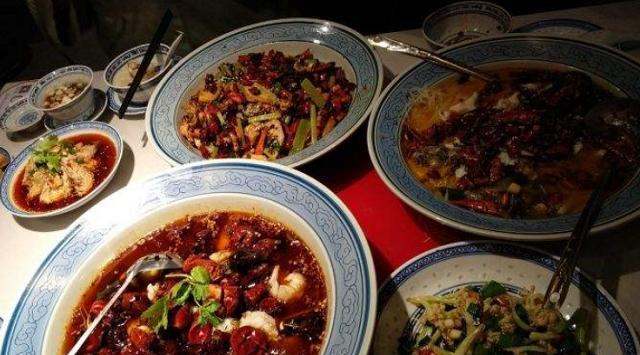 去川菜馆吃饭,必点这6道菜,都