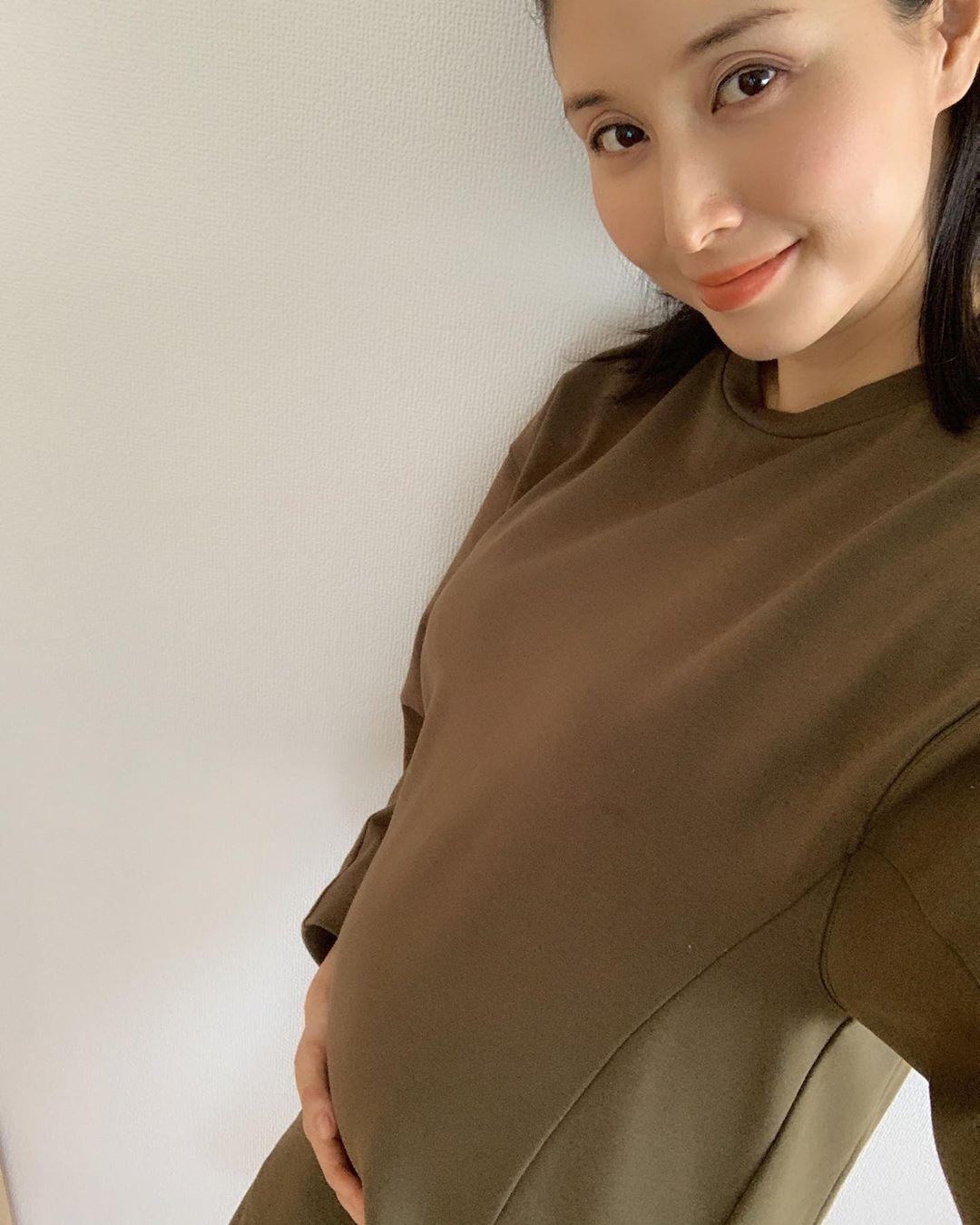 怀孕7个月的桥本爱实肚子丰满的照片投稿 报告了第1个孩子成长顺利