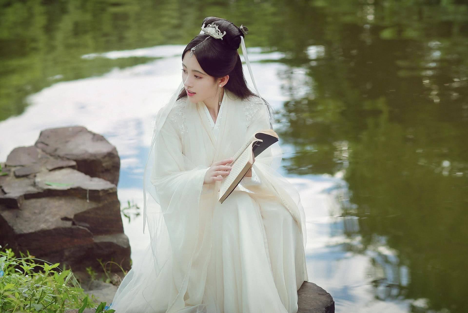 《春日宴》肖战和鞠婧祎将主演男女主角?任嘉伦可能更合适
