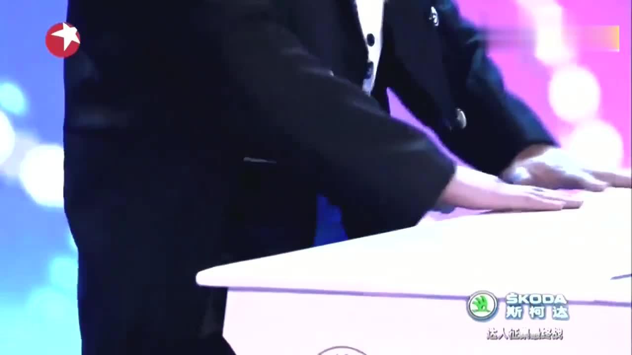 中国达人秀:梦想观察员赵薇对表演者的点评,逗乐刘烨
