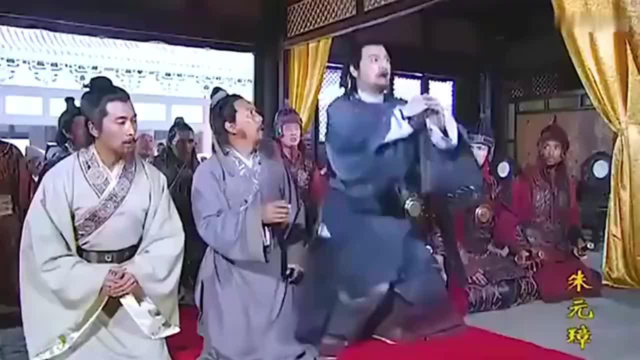 朱元璋淹死小明王,刘伯温第一次意识到朱元璋狠辣手段