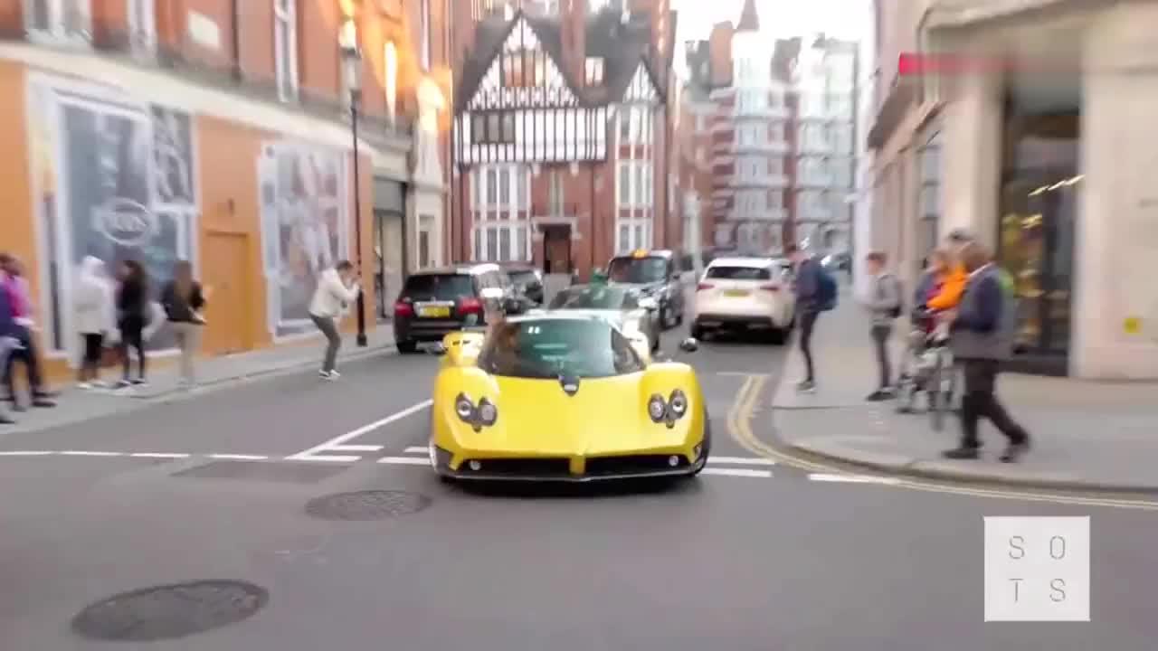 价值4200万的帕加尼现身伦敦街头,一脚油门下去才明白多霸气!