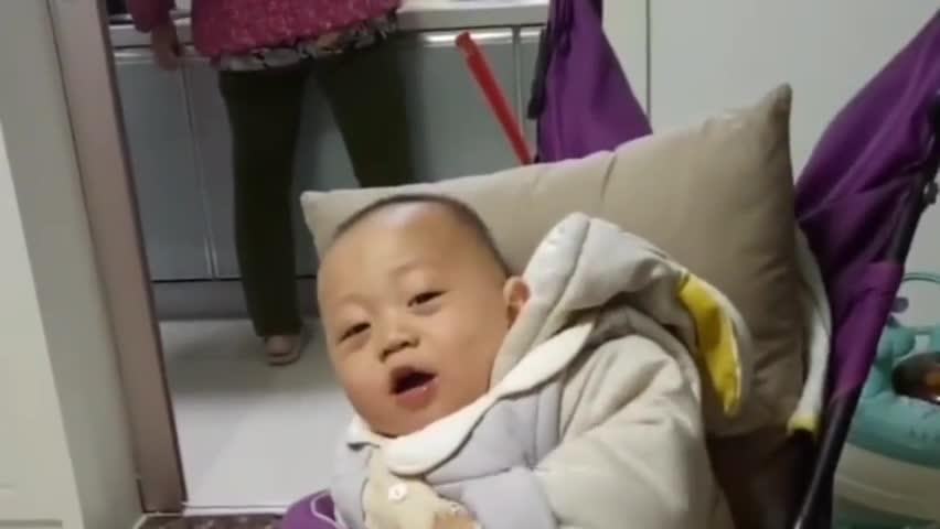 有人能听懂吗小宝宝这是在说啥啊我怎么一句都没明白啊!