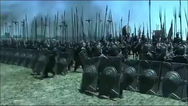 三国演义,关羽在两军之间,杀颜良诛文丑,震慑各路诸侯