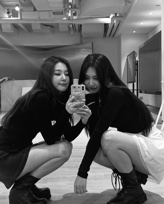 Red Velvet姜涩琪和朴秀荣公开气质近况 清纯而又性感