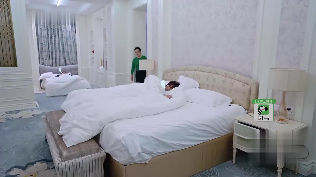 婆婆妈妈2:婆婆是这样叫陈松伶起床的,太吓人了