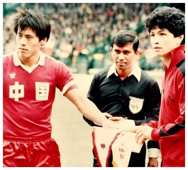 天津足坛带头年老,21岁入选国家队,当主教练率泰达队杀入亚冠